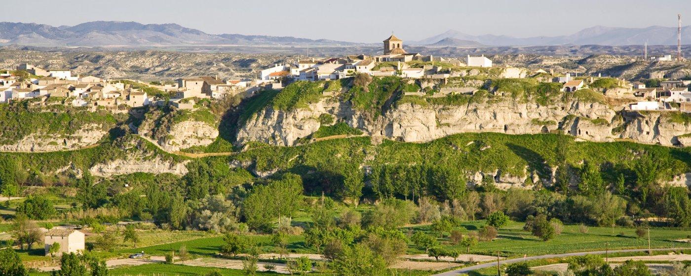 Baños Arabes Nudistas:Benamaurel Turismo de Granada