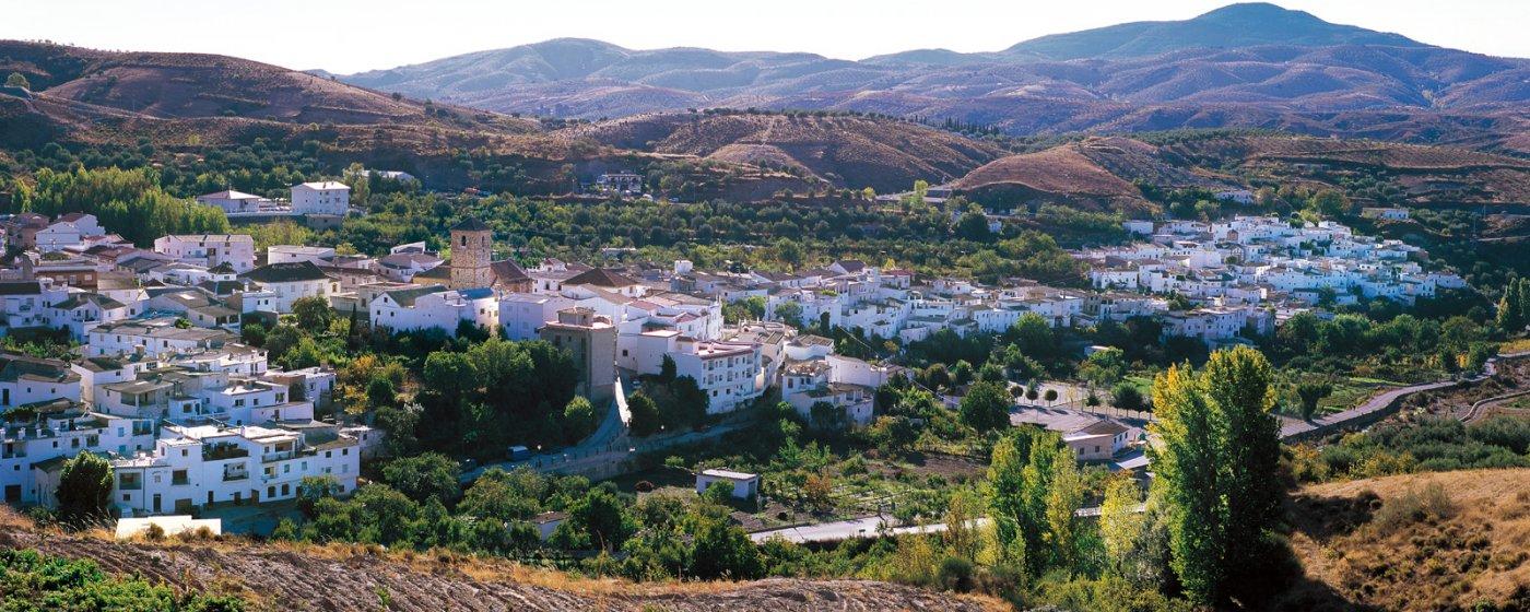 Baños Arabes Nudistas:Cádiar Turismo de Granada