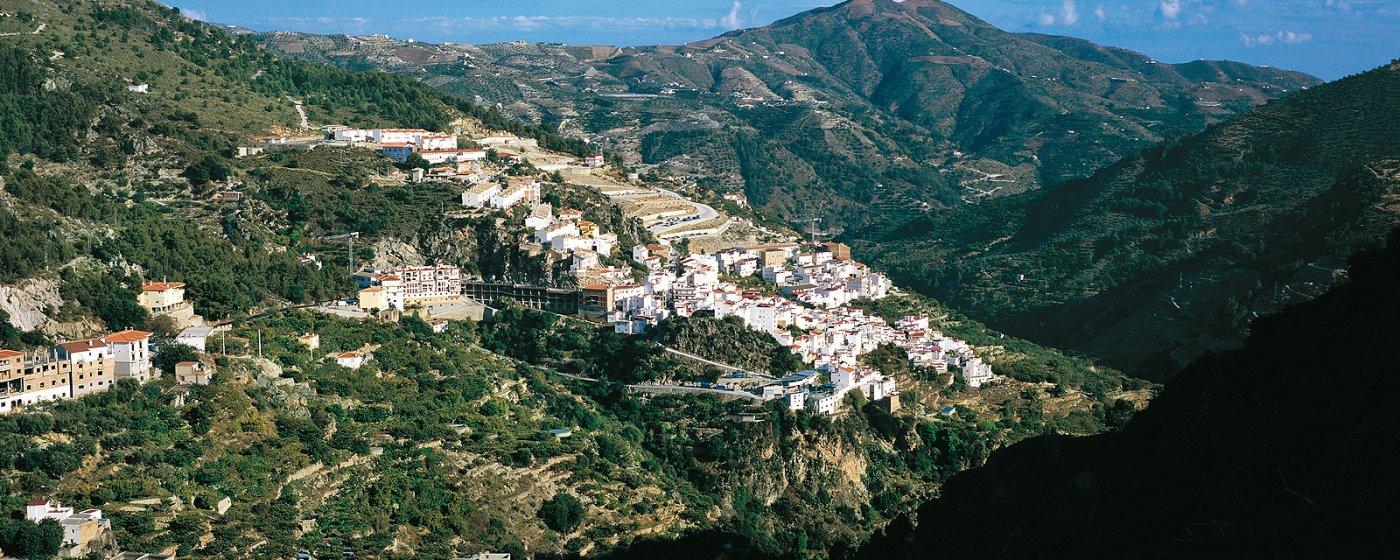 Baños Arabes Nudistas:Otívar Turismo de Granada