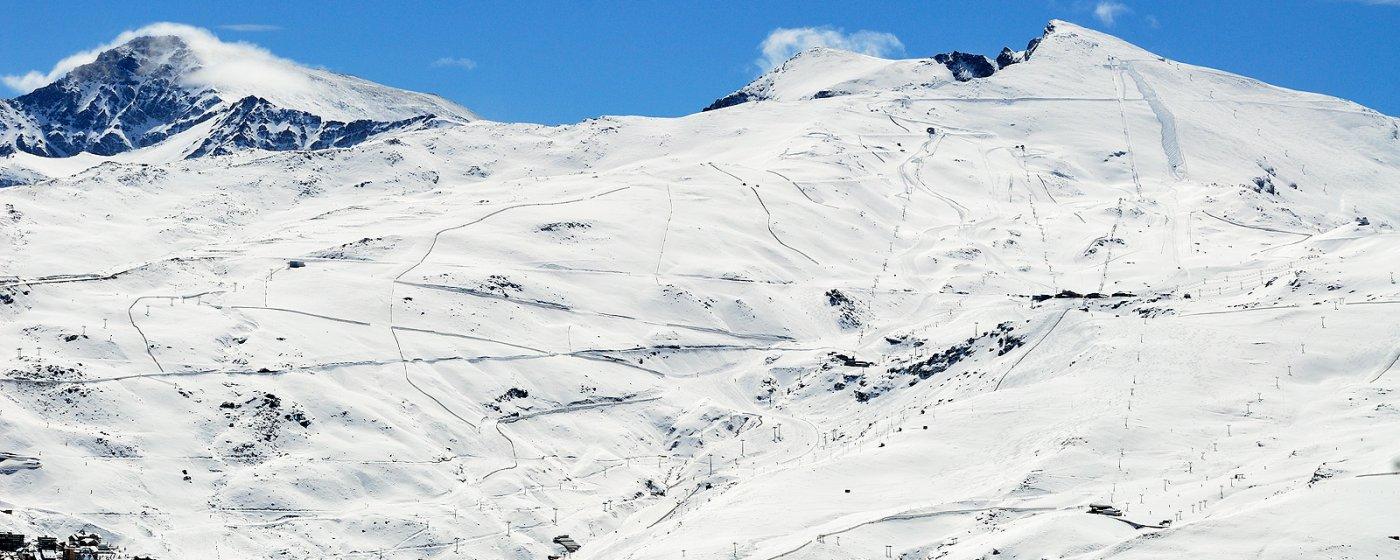 Sierra nevada qu ver y qu hacer turismo de granada - Apartamentos baratos en sierra nevada ...