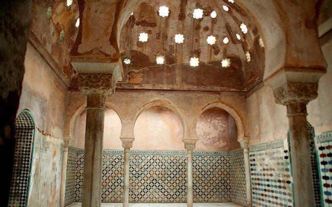 Baños Arabes Real Alhambra Granada:Baños Reales